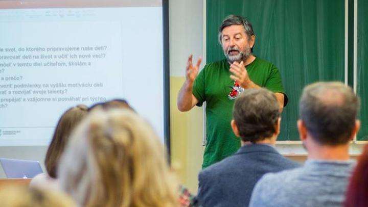 Workshop s prof. Košturiakom o inováciách v našich školách