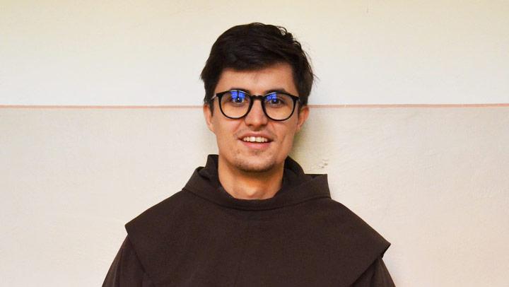 Príď na skúsenosť – Rozlišovanie kňazského povolania s piaristami – Adam Klenka